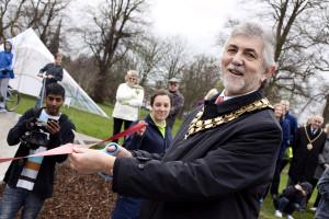 Cllr David Leytham cutting the ribbon